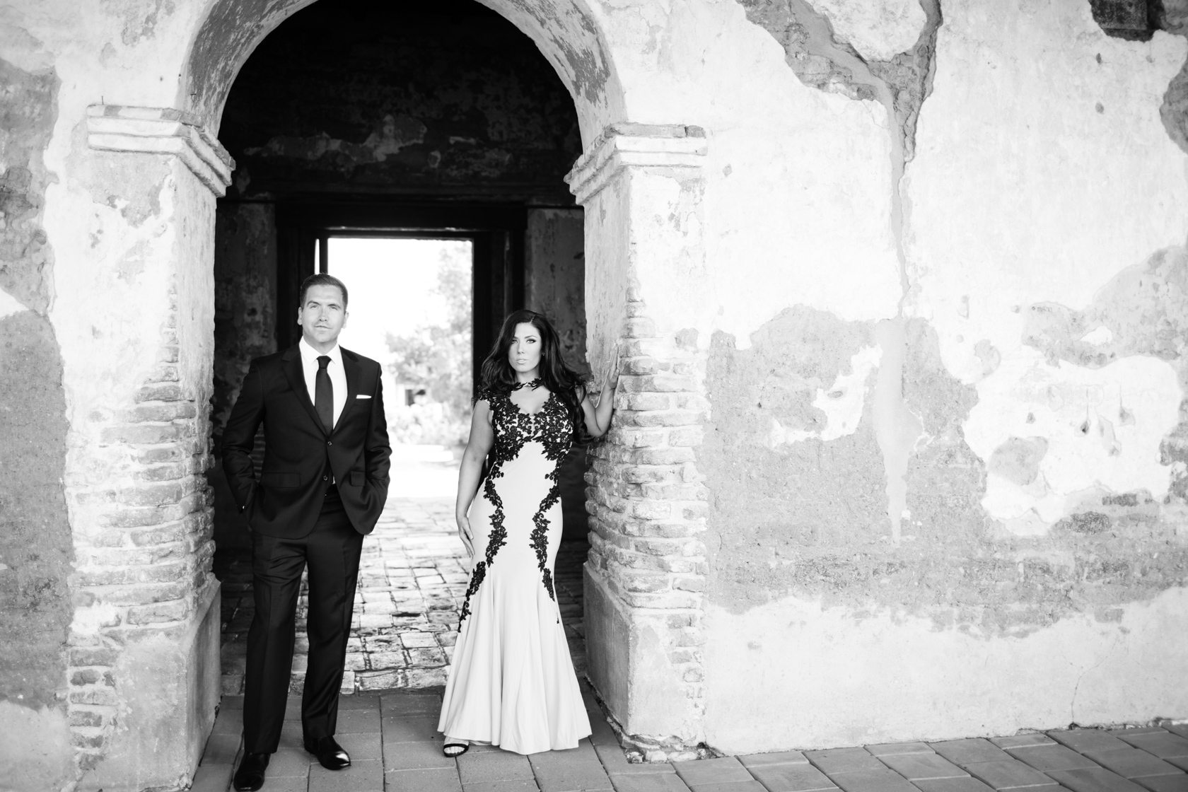 Mission_San_Juan_Capistrano_Engagement_Session_12.jpg