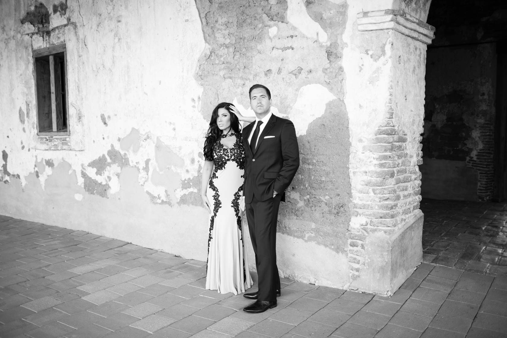 Mission_San_Juan_Capistrano_Engagement_Session_22.jpg