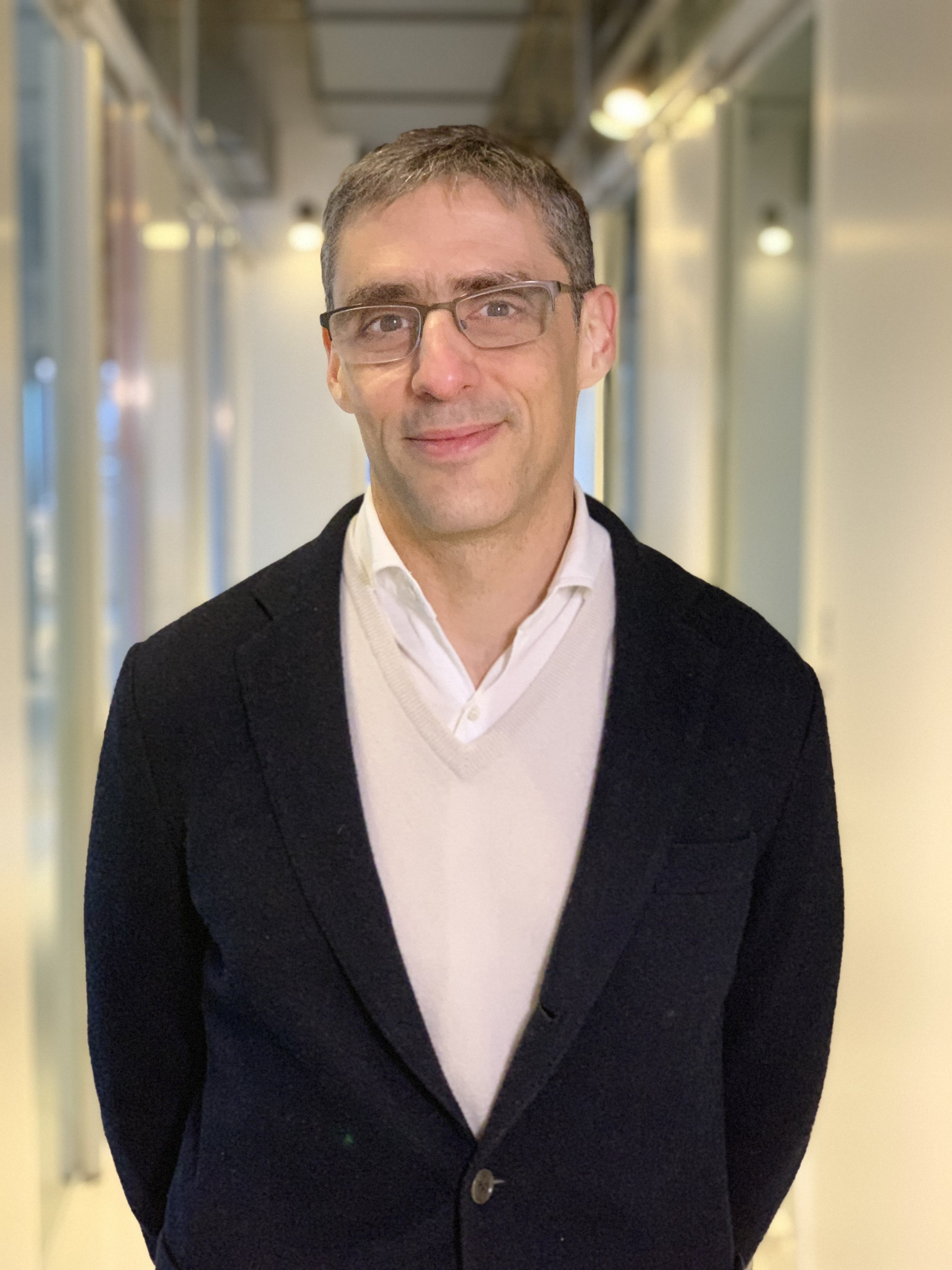 Raoul GSlavin Juliá - Director
