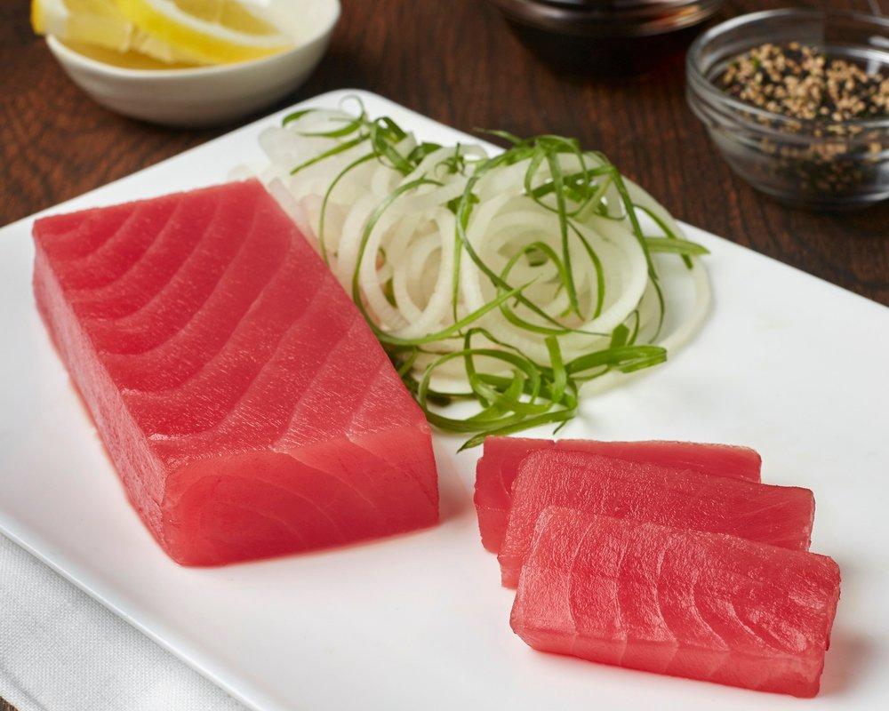 Saku de thon Sashimi légèrement fumé