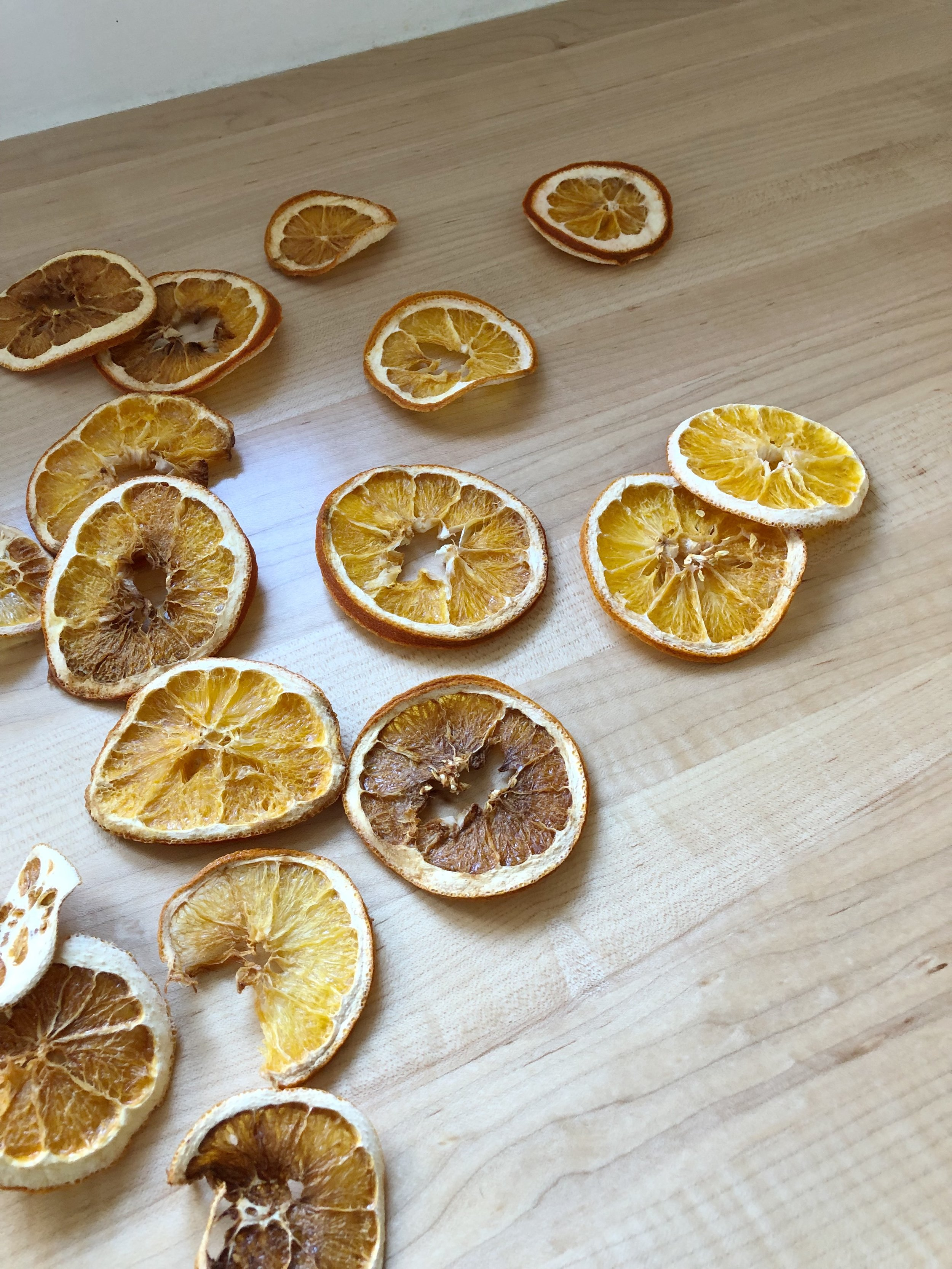 how to oven dry orange slices for holiday decor