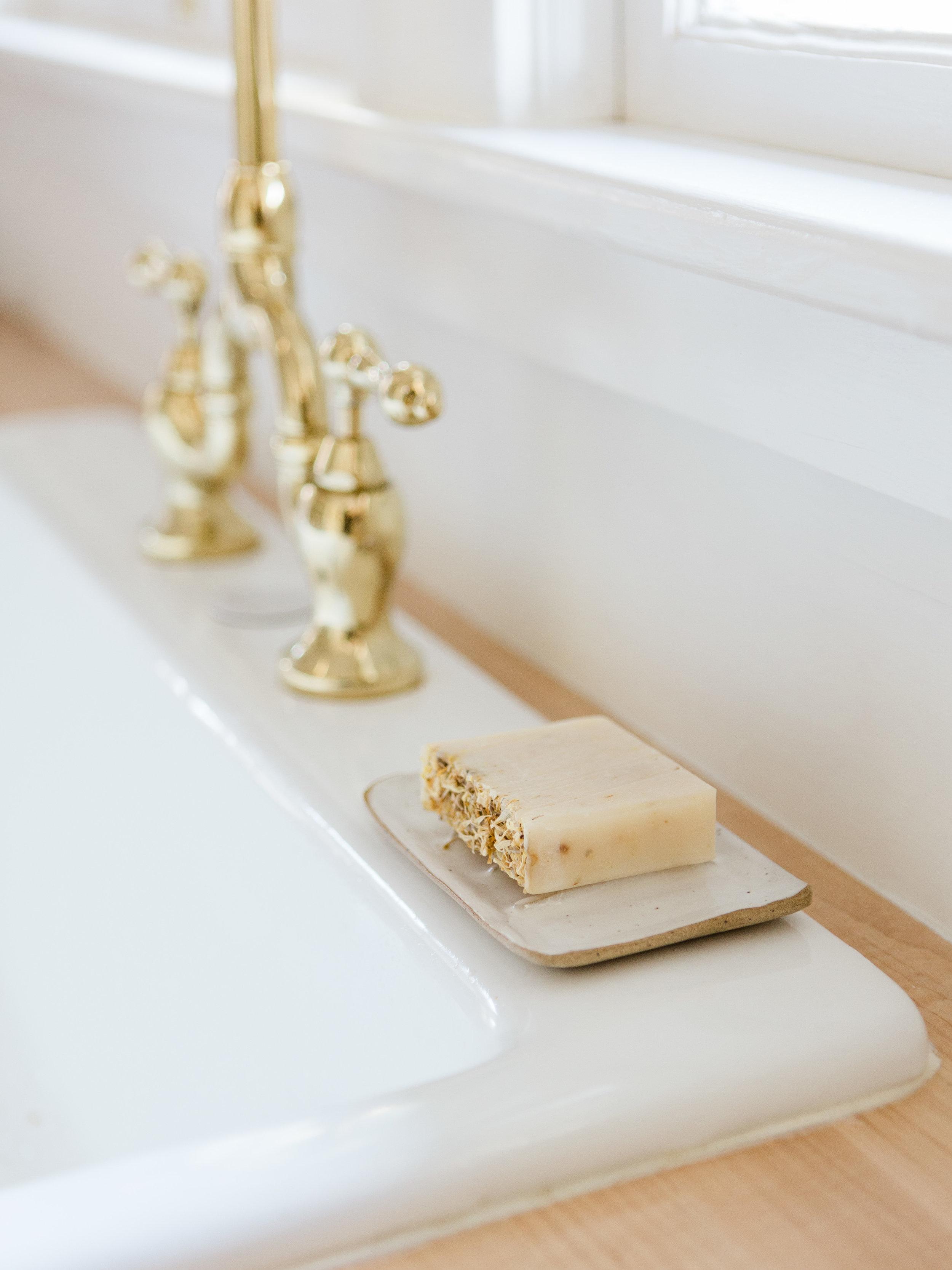 ceramic soap dish in neutral colors