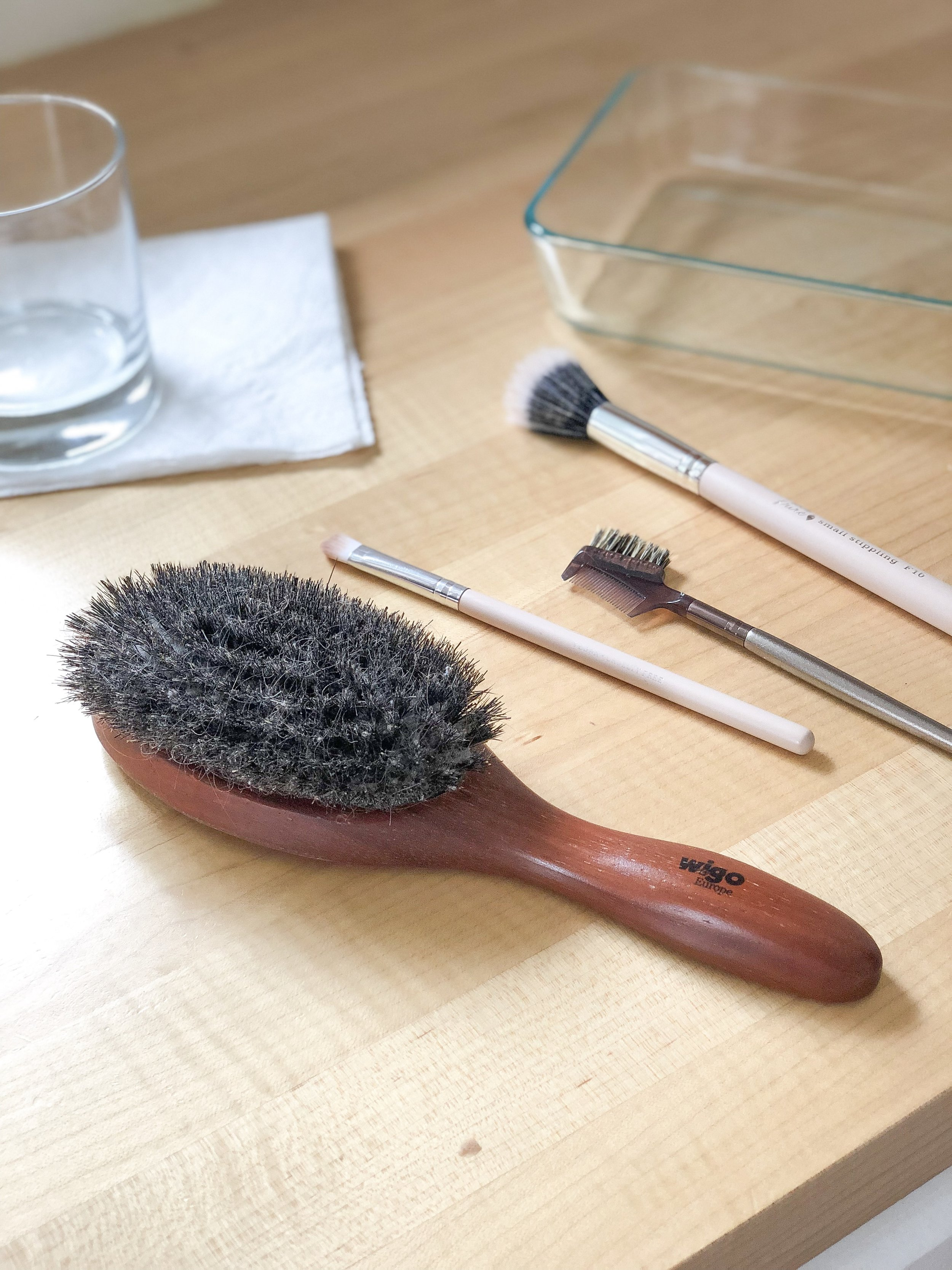 how to clean hair and makeup brushes