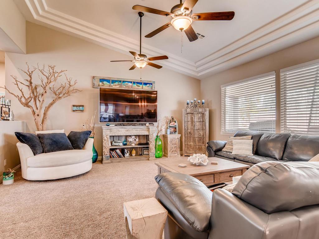 8569 Brownstone Ct Las Vegas-011-006-Family Room-MLS_Size.jpg