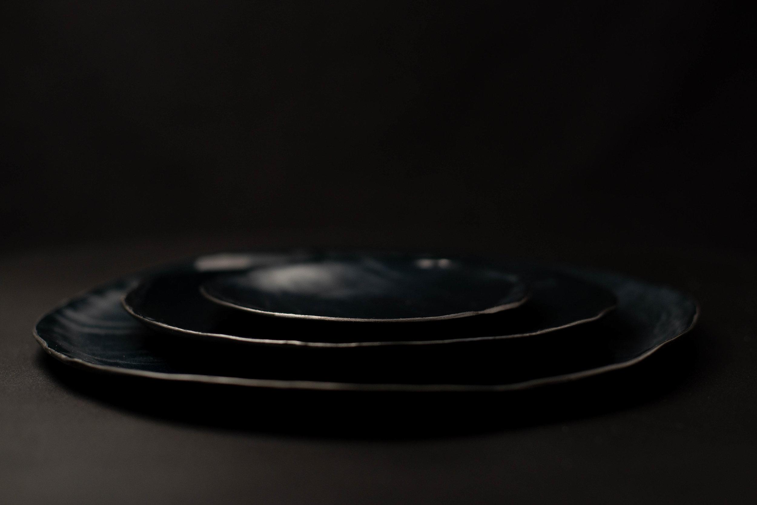BLACK PORCELAIN-2.jpg