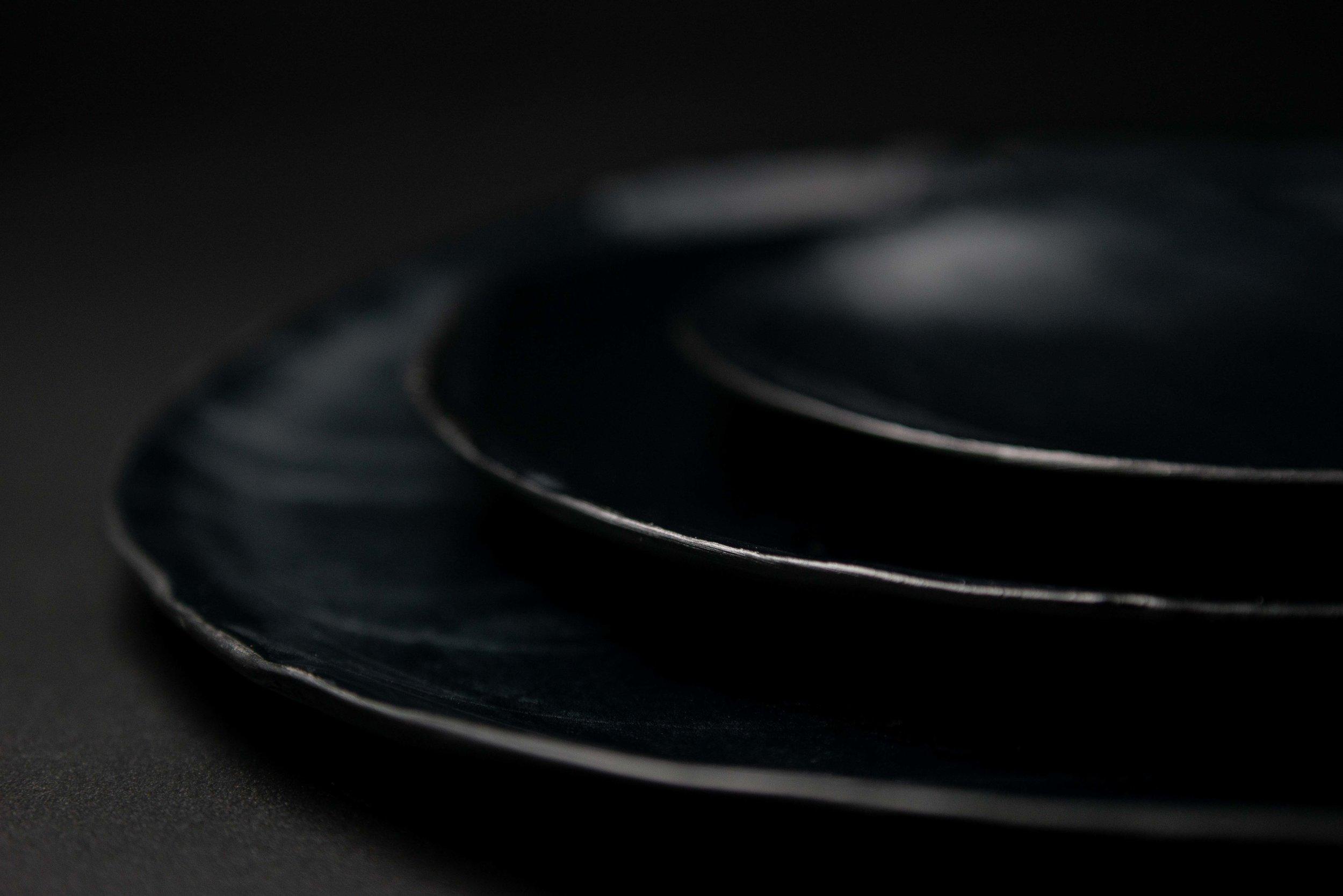 BLACK PORCELAIN-4.jpg