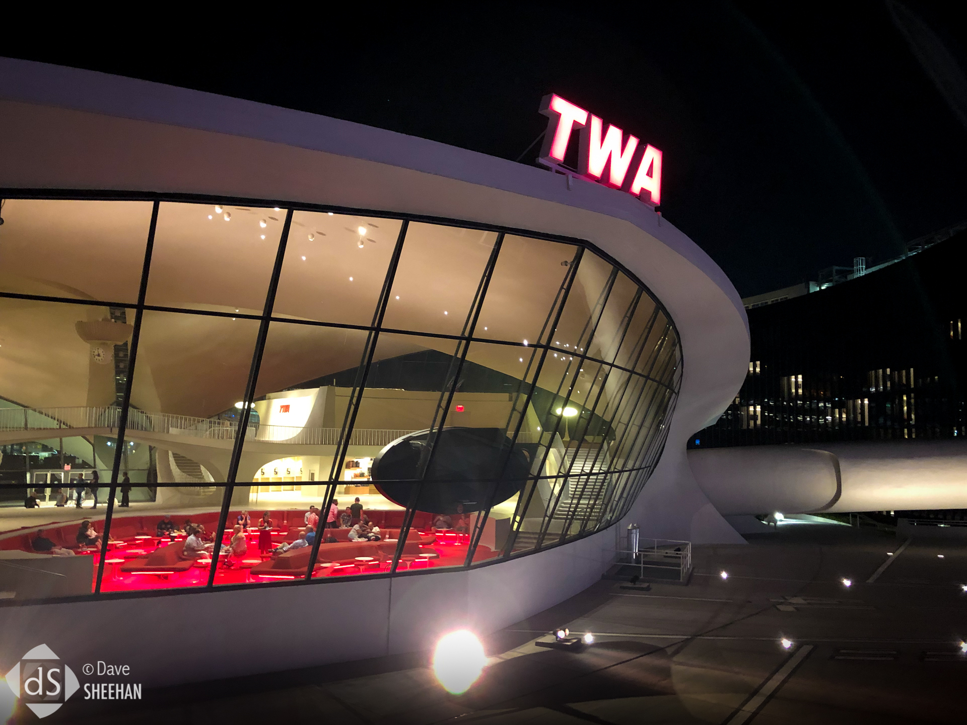 twa-hotel-jfk-1.jpg