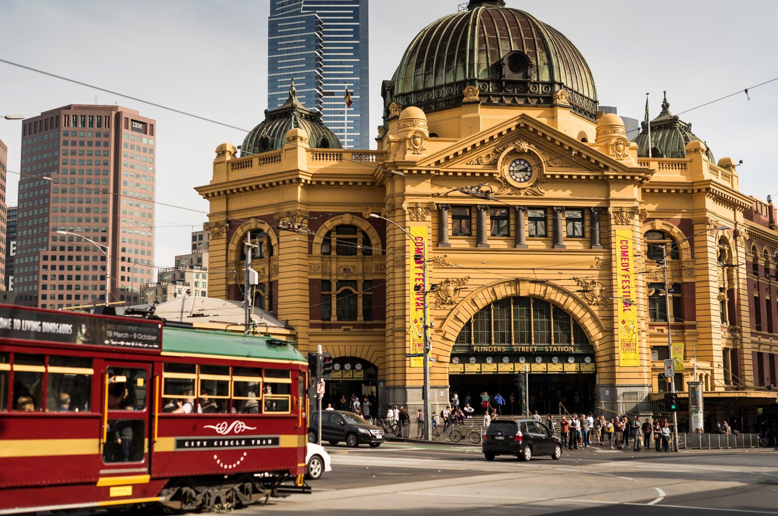 Melbourne Private Tour-Show Me Melbourne-Flinders St Station