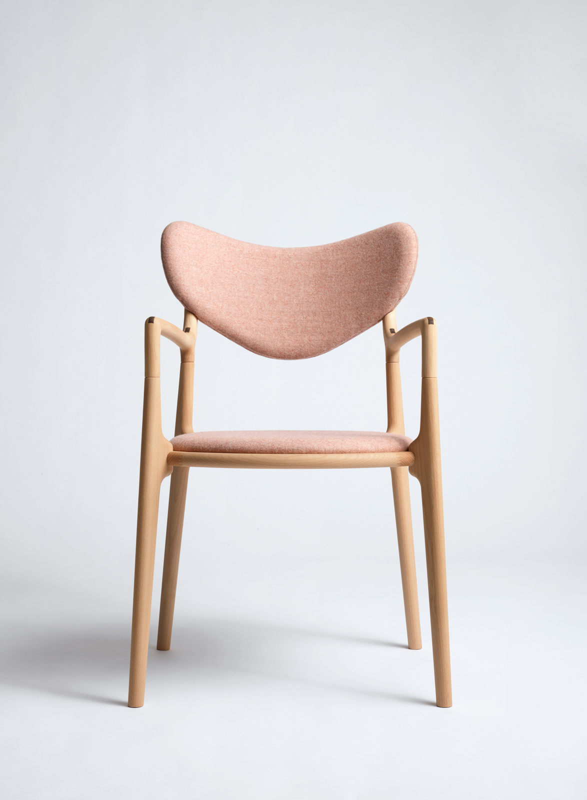 Salon_Chair_Beech_Oil_Camira_Fabric_Asger_Soelberg_06.jpg