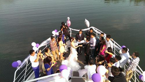 wedding_cruise_m-1.jpg