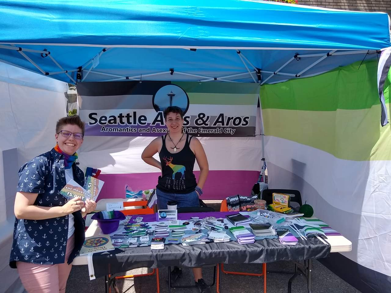 Seattle Aces & Aros' booth