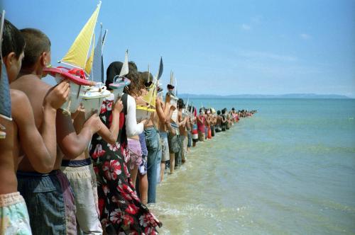 Франсіс Аліс «Не переходь міст, перш ніж дійдеш до річки» 2008