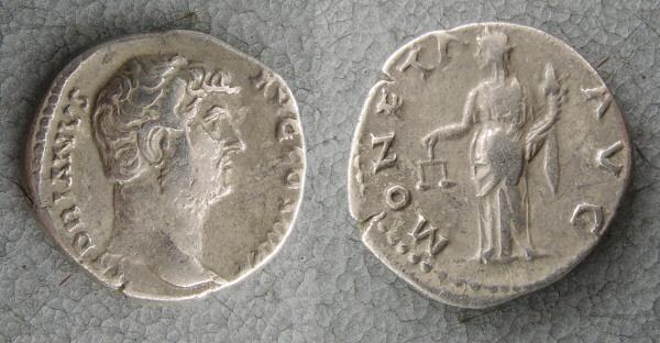 RC1147_Hadrian_ Moneta.JPG