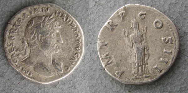 RC1142_Hadrian_ Piety.JPG
