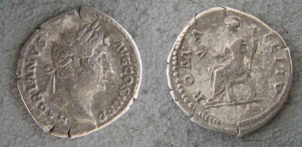 RC1149_Hadrian_Roma.JPG
