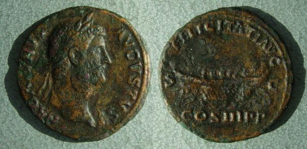 RC2998_Hadrian_galley.JPG