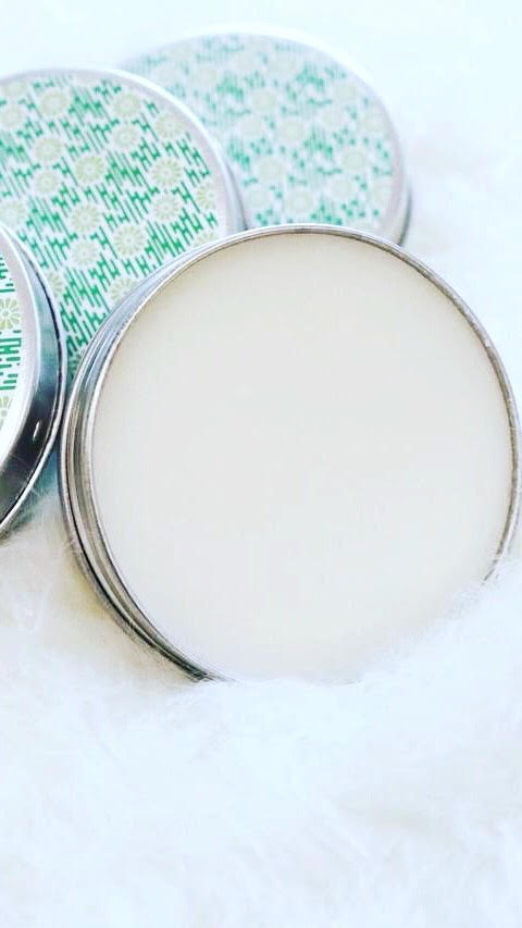 What you need - 3 tbsp organic coconut oil2 tbsp bicarbonate of soda2 tbsp shea butter2 tbsp arrowroot powderLavender essential oilTea tree essential oil