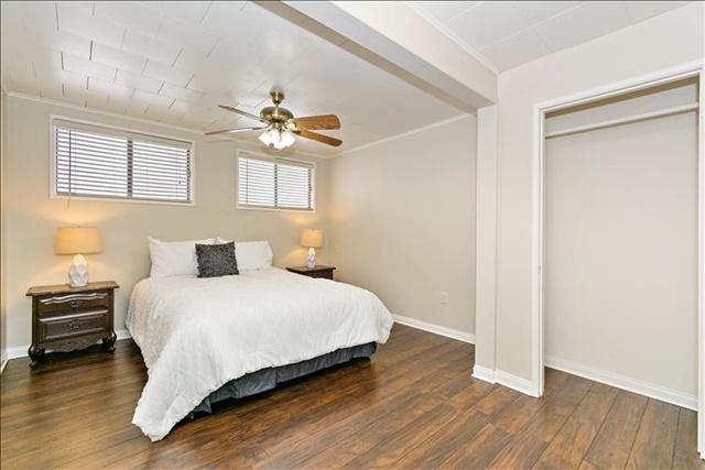 08-Master Bedroom.jpg