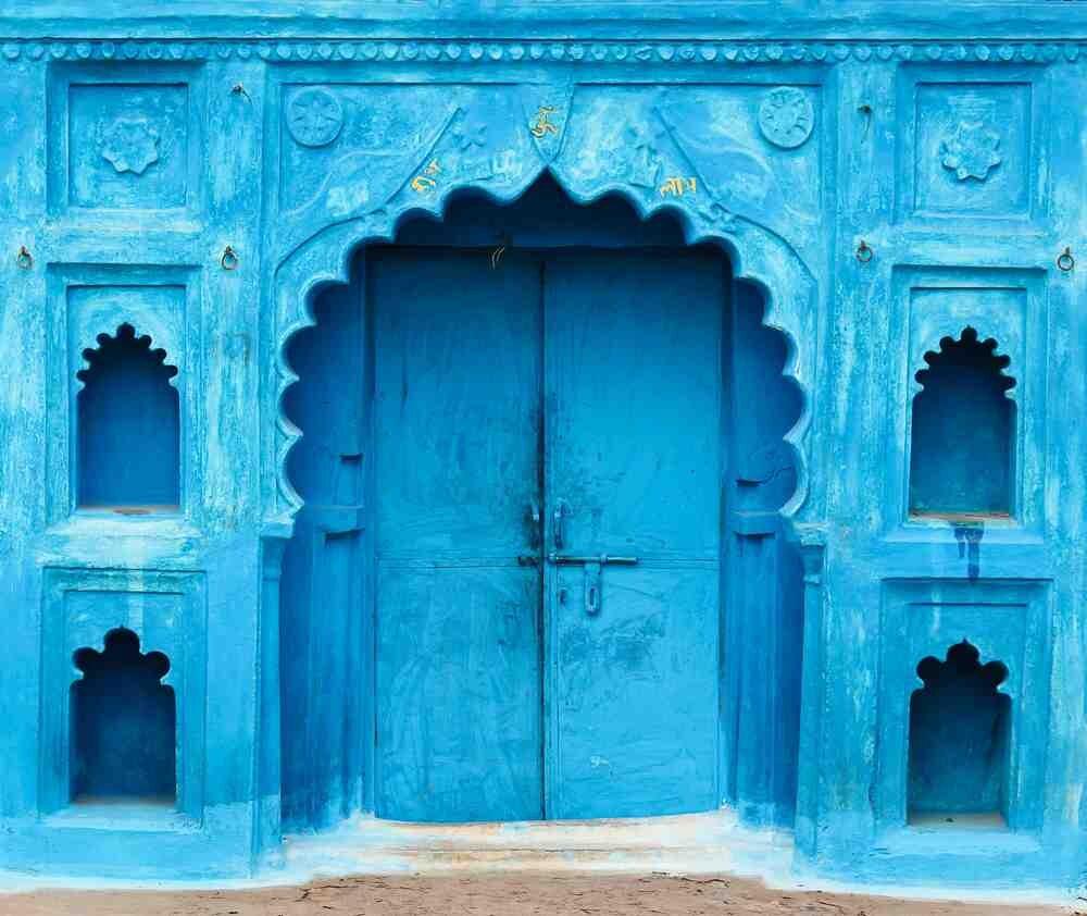 Indian_doorways_107315333-copy.jpg