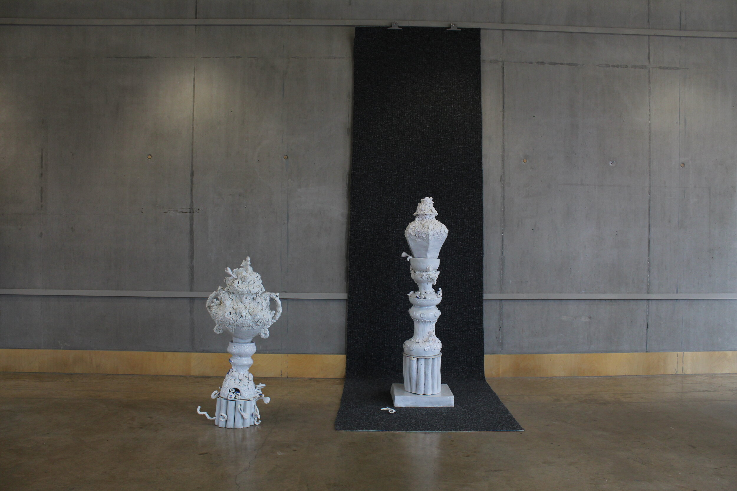 2019  Porcelain, crank clay and carpet.
