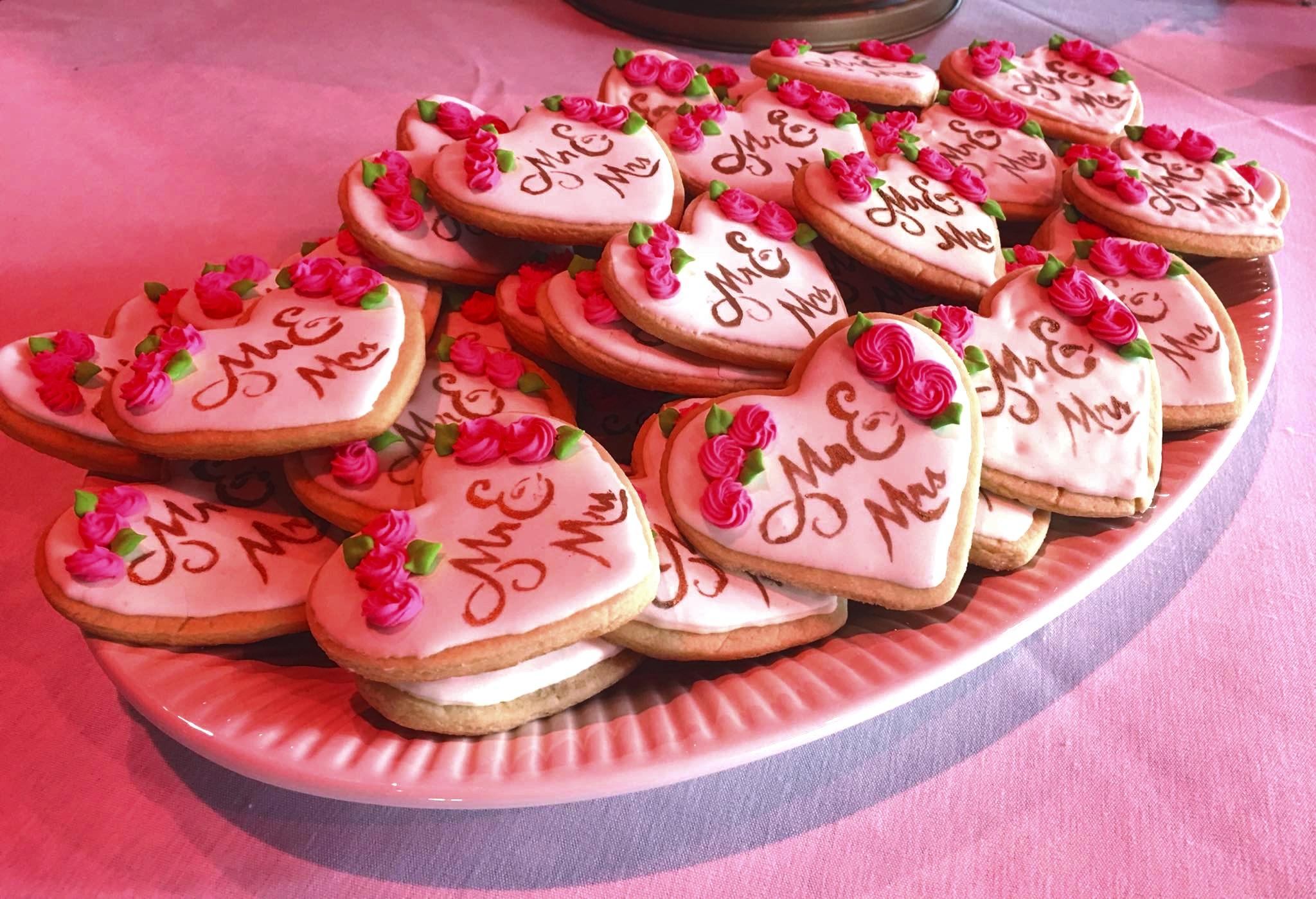 Wedding cookies.jpg