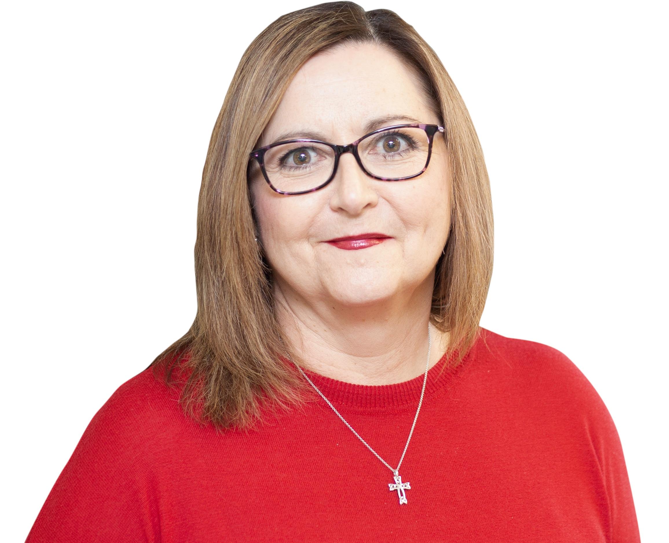 Catherine Wilson   Directrice régionale pour l'Est du Canada   Je supervise les opérations des cliniques DC à Ayr, Kitchener, Mississauga et Sarnia, en plus des projets de « Independent Medical Staffing (IMS) » en Ontario. Je travaille pour DC depuis maintenant 10 ans et j'ai plus de 20 ans d'expérience en gestion et en direction au sein d'une variété d'industries. Au cours de ma carrière, on m'a chargé d'établir et de gérer des opérations exceptionnelles et de diriger des équipes dans le but d'offrir des services de qualité supérieure tout en créant un atmosphère de travail agréable. Mon but est de m'assurer que les clients de DC reçoivent un service exceptionnel dans toutes les cliniques DC, ainsi qu'à l'emplacement IMS. J'aime passer du temps en famille, faire du yoga, voyager et j'aime aussi notre chien Beau, un petit bulldog américain.