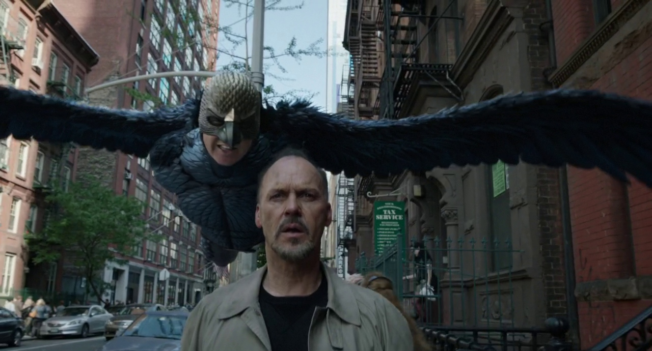 Source :  https://film-grab.com/2015/05/08/birdman/  ; Published : 12/6/2019; By Permission of Donacha Cofey, founder and creator of FilmGrab; Dir : Alejandro Gonzalez Inarritu; DoP : Emmanuel Lubezki ; Date : 2014