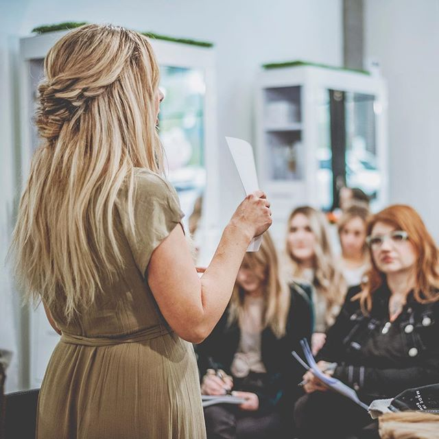 Next Level Extensions Education by Lyndsay Maderis was a smash! Thanks to everyone for coming out. {Stunning Braid by @caitlyn.nelson Freshest color by @hairbylisamedley and 11 bundles of cold fusion by @kevinchristopherhair 📸 @surfhawaiiwaves } BEAUTY IS YOUR ULTIMATE ACCESSORY  @thairapypdx @unite_hair @greatlengthsusa @behindthechair #lyndsaymaderishair #unitefamily  #thairapypdx #howiwearmygl