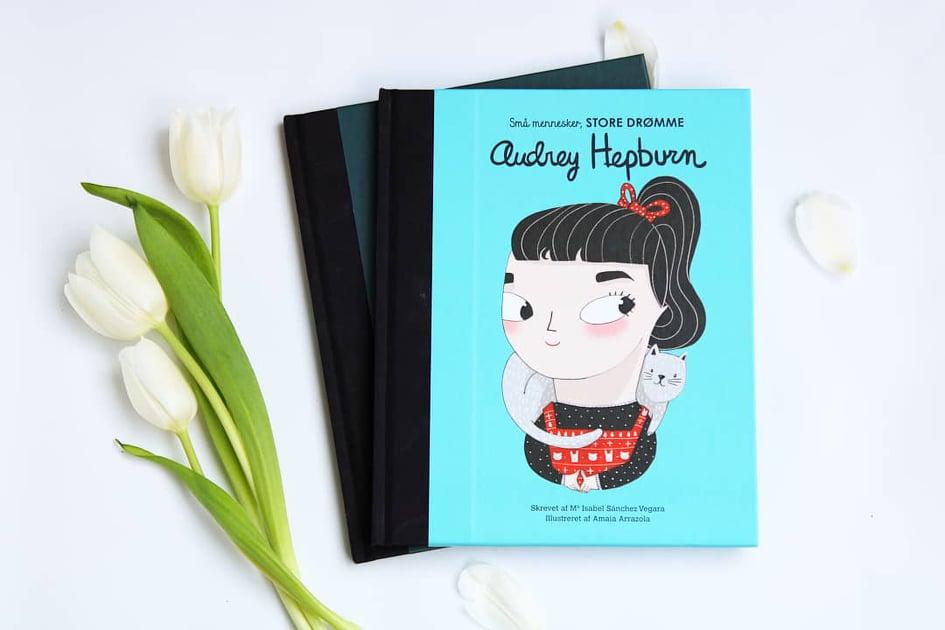 Bøgerne er tilsendt fra forlaget