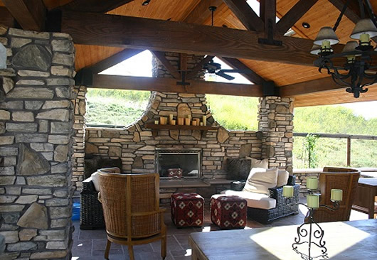 5 Tips for Your Outdoor Living Room - The Viking Craftsman