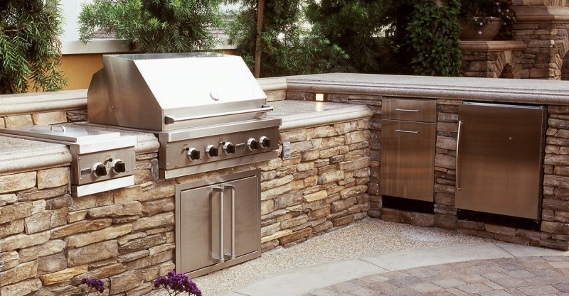 The Viking Craftsman - Designing the Ultimate Outdoor Kitchen