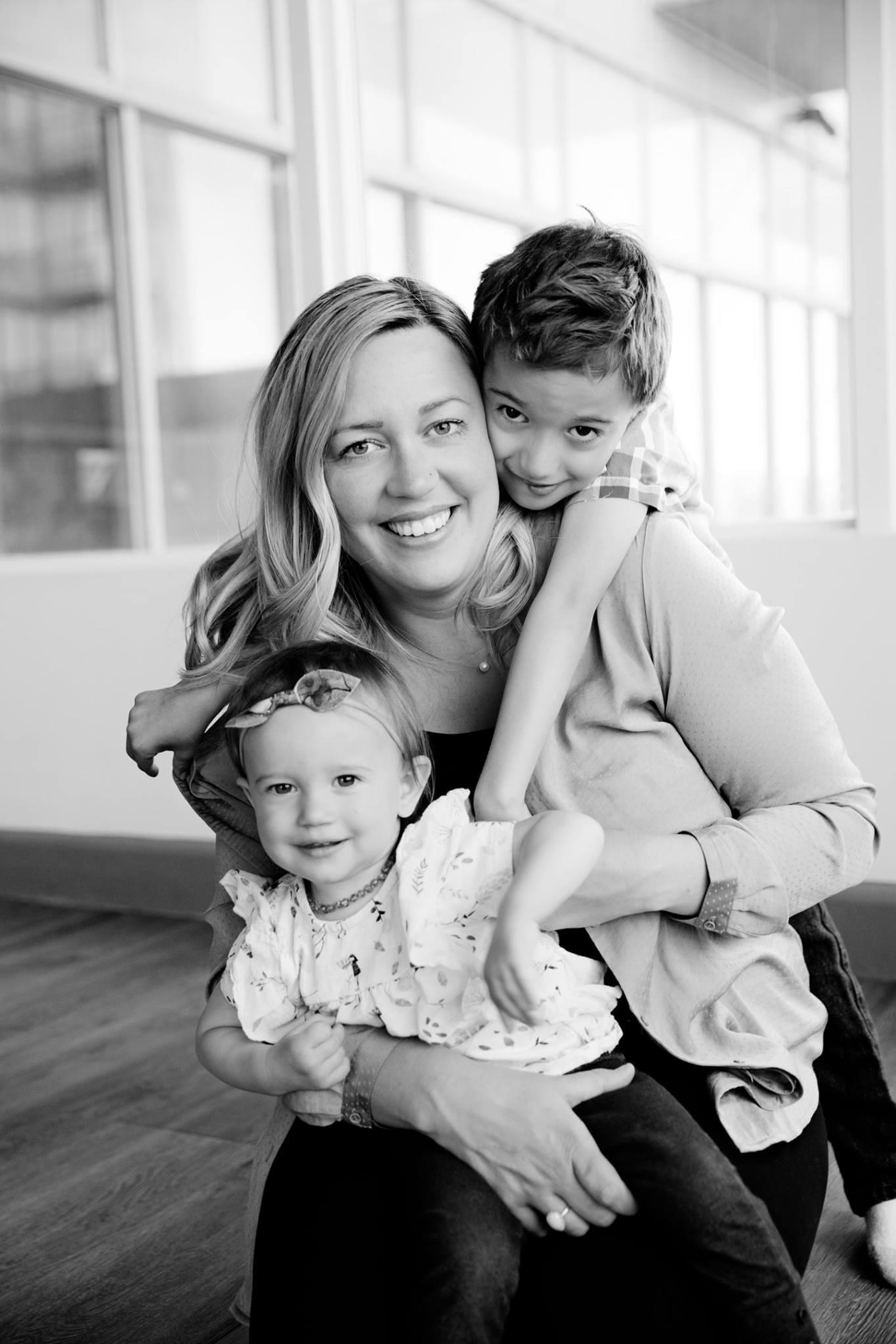 jennifer hammer postpartum support calgary founder.jpg