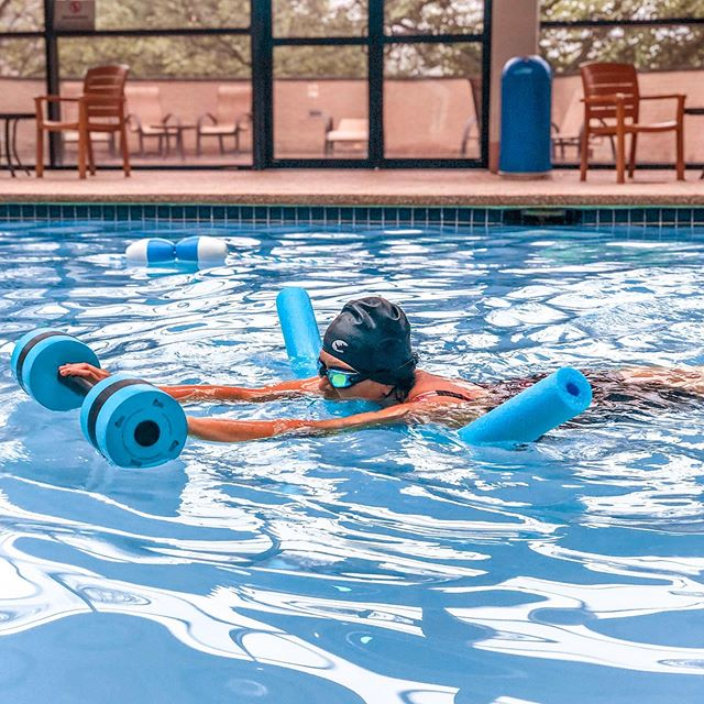 DID YOU KNOW that we also offer classes for adults⁉️From beginners conquering their fear of the water, to triathletes looking for more work on their fundamentals, #SwimmWithTimm is here to help! Stay tuned for more information on the COUNTLESS benefits of adult lessons, and don't forget to register for Fall 2019! 🏊♀️🏊♂️🏊♀️🏊♂️