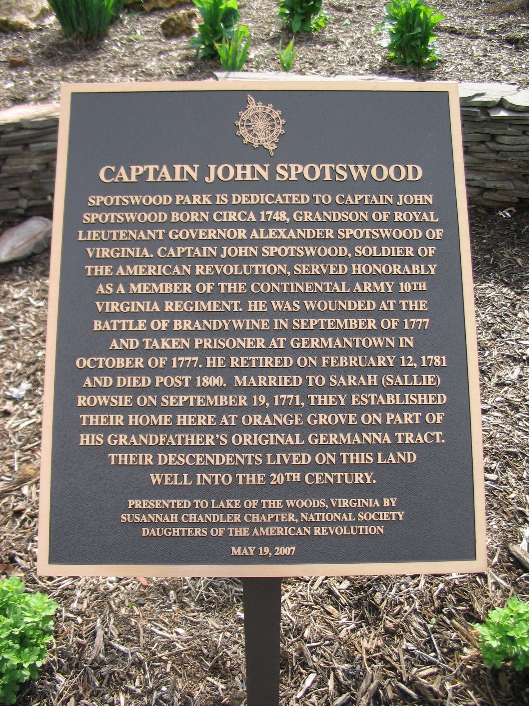 Historic Marker placed by Susannah Chandler Chapter NSDAR. Photo courtesy of the Historic Marker Database.