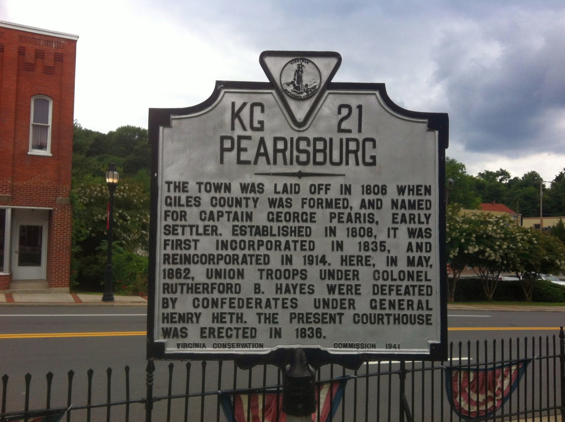 Pearisburg historic marker. Photo courtesy of brandonraykirk.com.