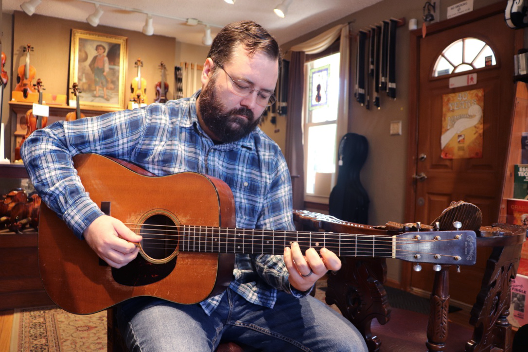 lessons - Whether online or in person, Justin can teach you the basics, troubleshoot a difficult tune or take your skills to the next level.