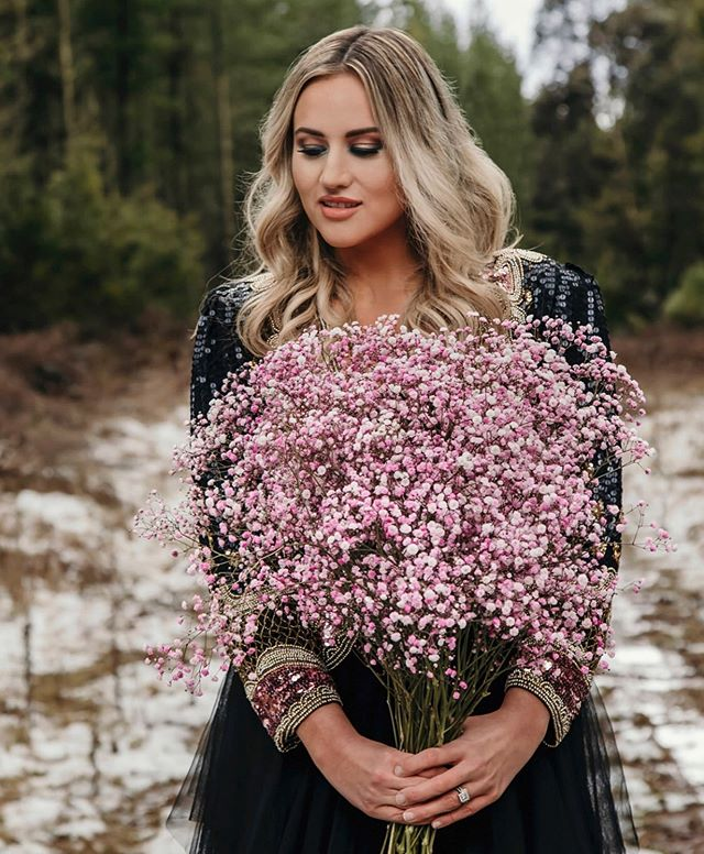 The winter chill is in the air ❄️ . . . . Photographer : @downbrushwoodrd Design Conceppt : @thestylingstore _ & @withlove espokestyling Planner, Stylist + Graphic Designer : @thestylingstore  Floral Stylist & Wardrobe @withlovebespokestyling Interior Stylist / Hire : @featherandwillow Makeup + Hair : @makeupbyjanefoley Models : @jeansandwallet @lindsay__jean @kirstyandrea  Catering : @pearlakombi