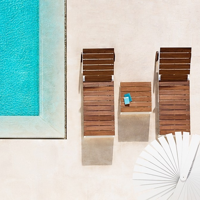 Gandiablasco - The Gandiablasco outdoors collections bring the Mediterranean Sea to the most luxurious and inviting hotels: design and comfort around the pools of these hotels that want to transmit the Mediterranean style of the brand within their outdoors spaces.