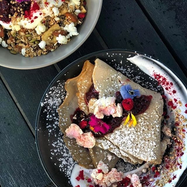 If you haven't tried the muesli or the buckwheat pancakes from Morri St then you are missing out!