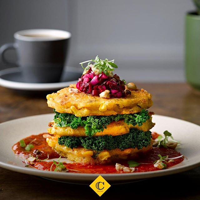 The new Corn Fritter Stack is the vegan and gluten free highlight of Columbus Coffee Morrison Square's NEW menu! ❤️ Jammed packed with delicious beetroot salsa, hazelnuts, sauteed greens, tomato kasundi - all topped off with an amazing capiscum dressing 🤤 Who has a friend who would love to try this?