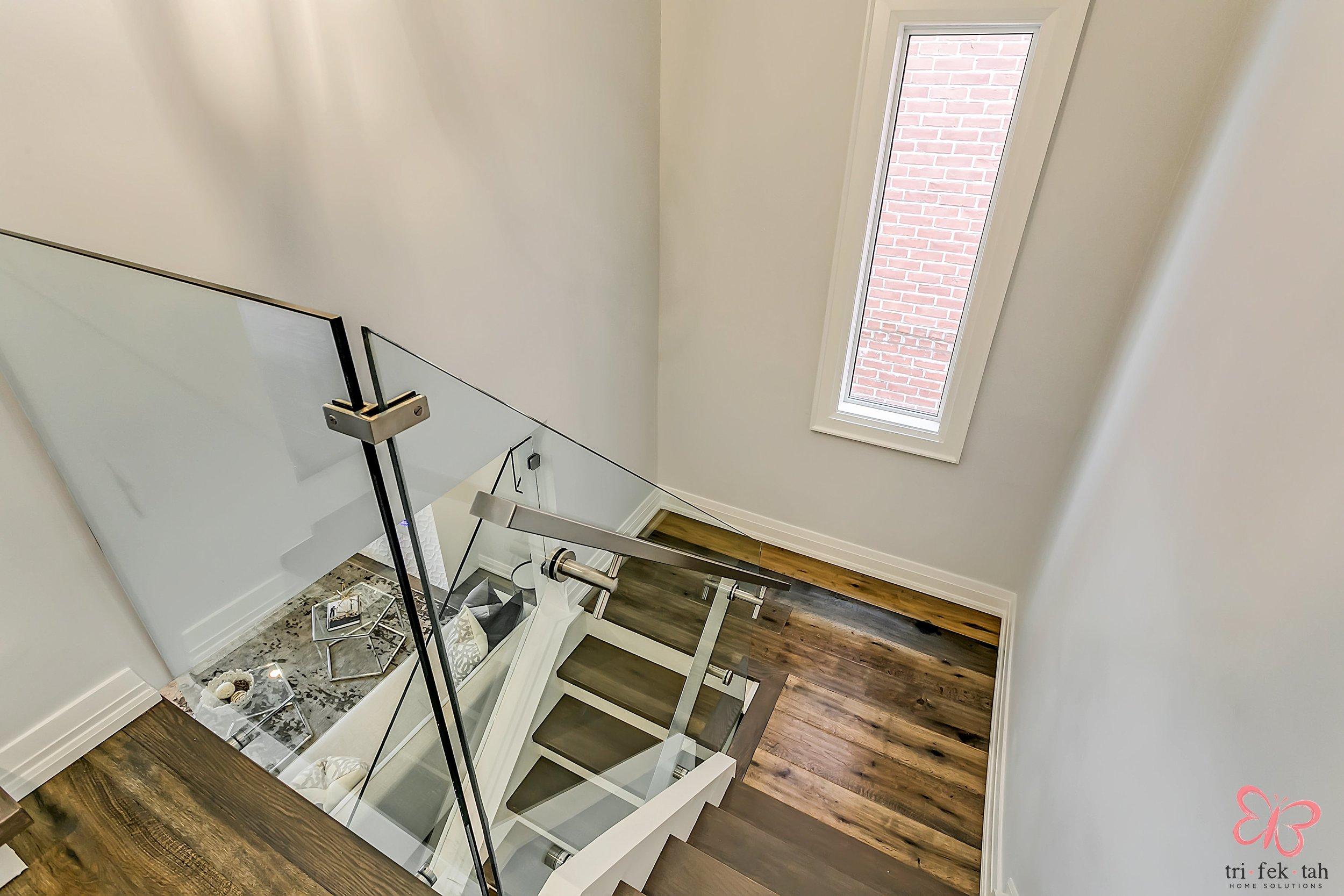 190-Bellwoods-stairsjpg.jpg