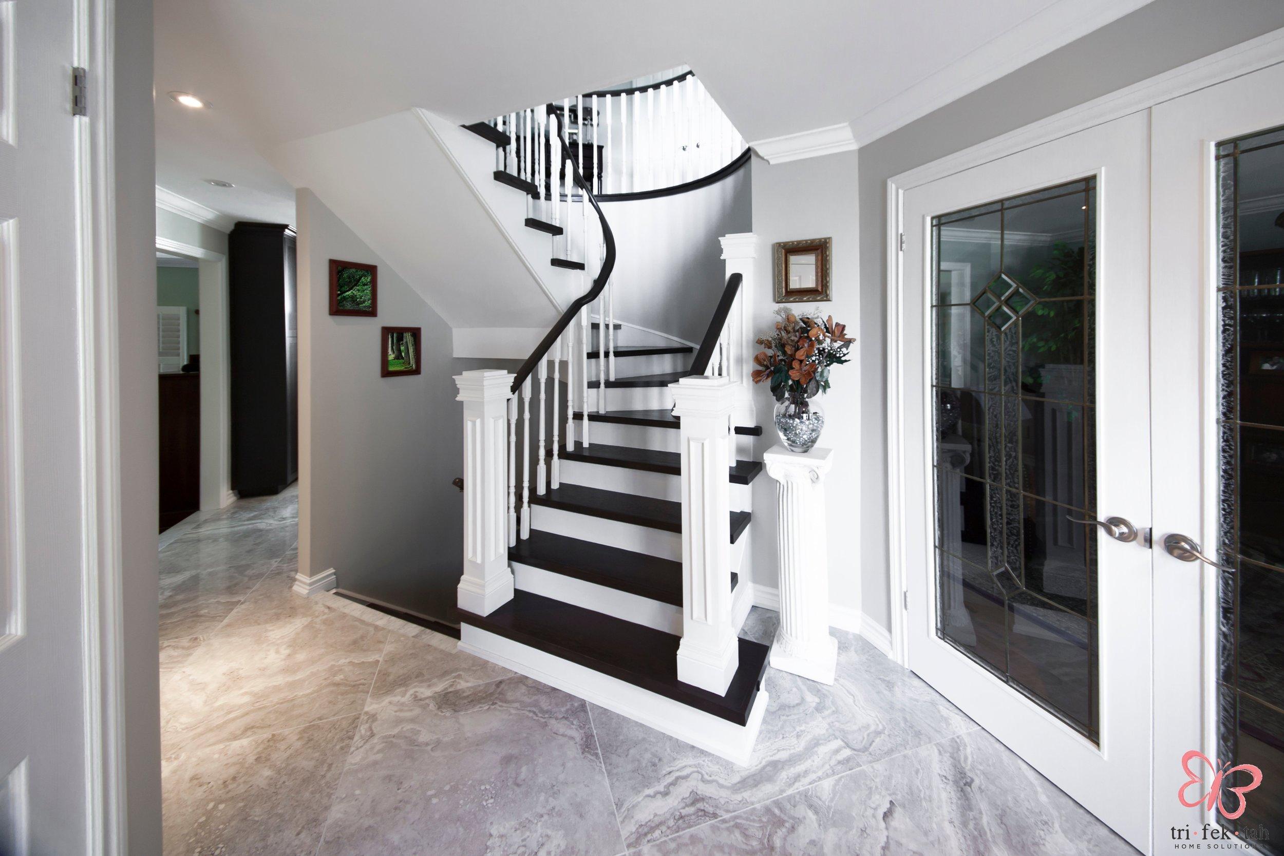Hemmingway-stairs1.jpg