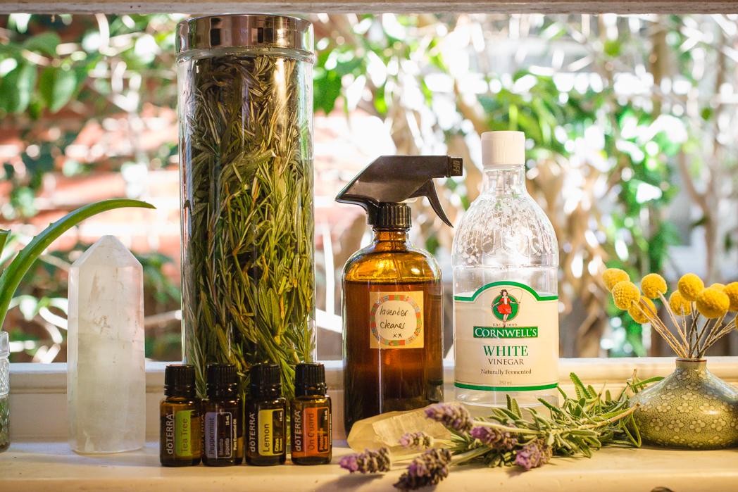 Lavender & Vinegar spray