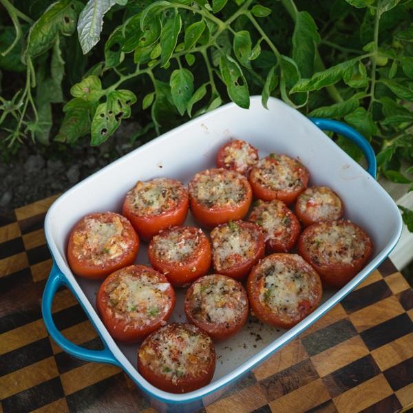 Nanna Pollys Stuffed Tomatos