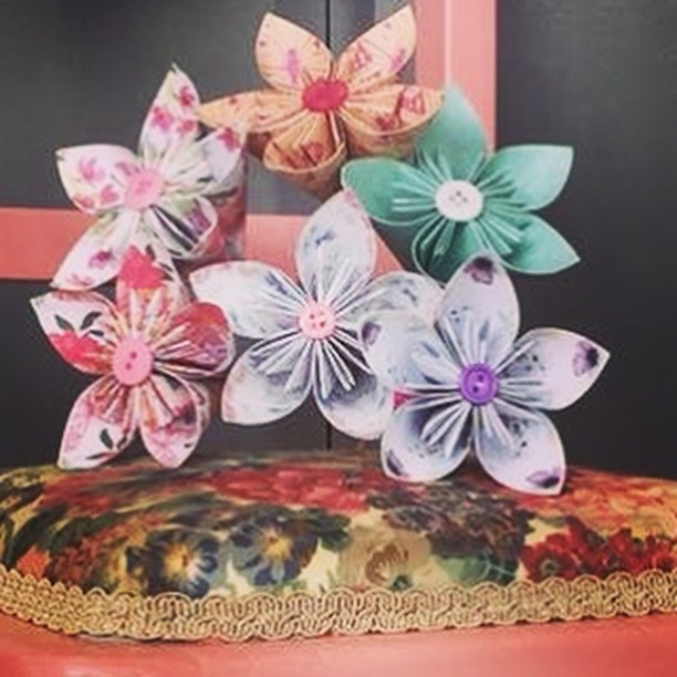 We love making these paper flowers for our customers @justlikehomeinteriors perfect to brighten any home and last throughout the whole season #justlikehome #paperflowers #paperfolding #workshop #makeyourown #homedecor #patternedpaper #flowers #origami #redcar
