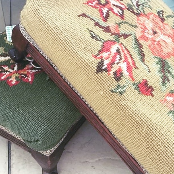 Loving these cute footstools, too perfect to change a thing #vintage #restawhile #footstools #tapestry #justlikehome #redcar #flowers #green #mustardyellow #flowers