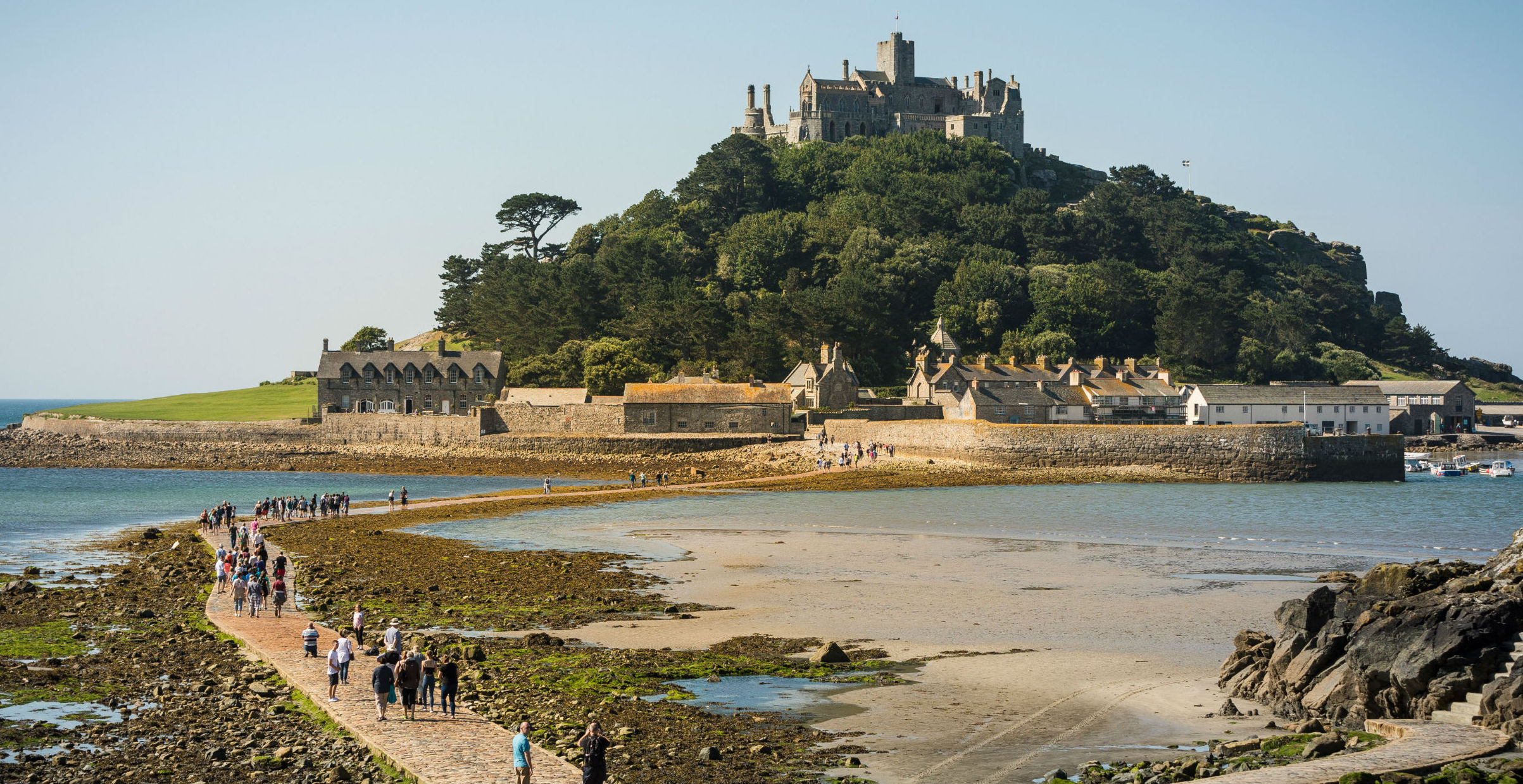 St_michaels_Mount_at_low_Tide.jpg