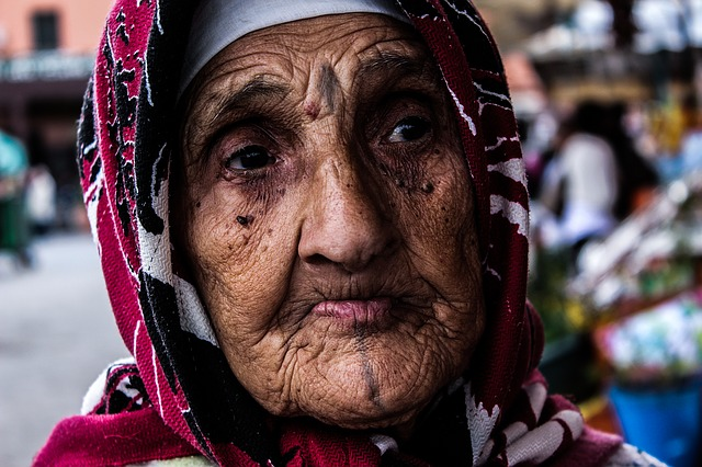 old-woman-1454244_640.jpg