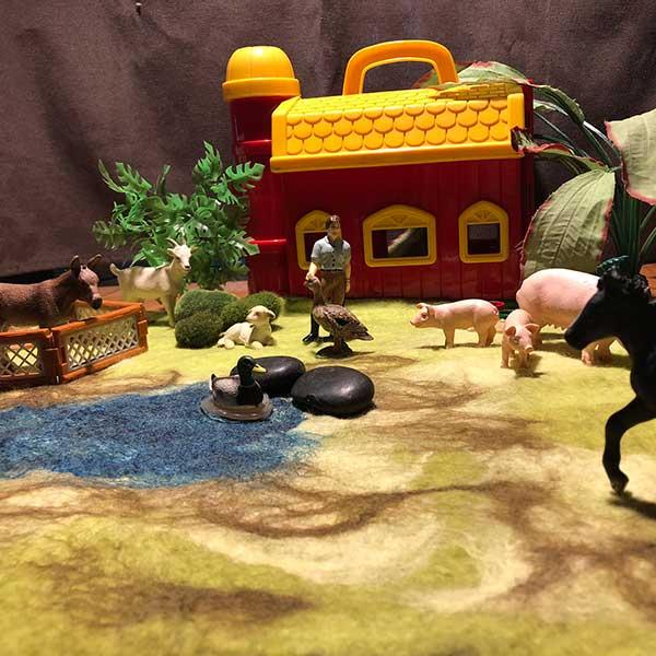 Farm-felted-play-mat.jpg