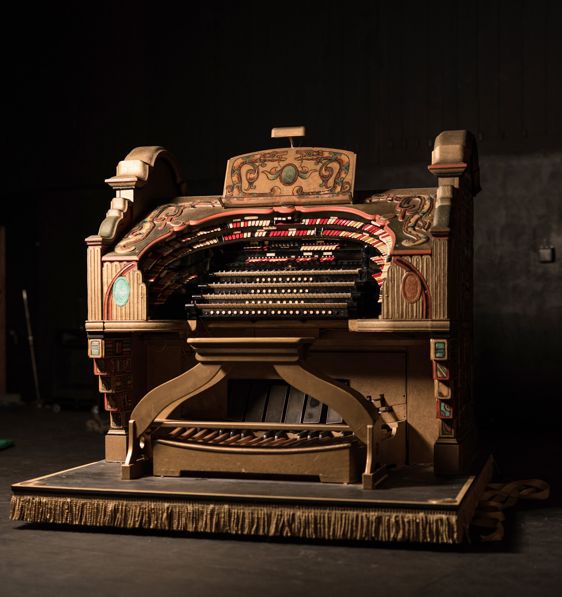 The Might Wurlitzer Theater Organ.jpg